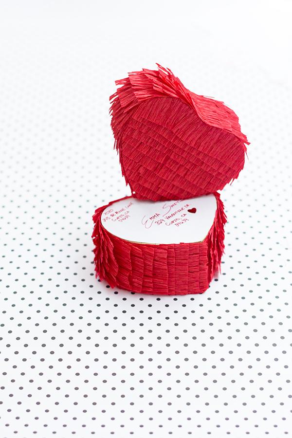 DIY-Pinata-Love