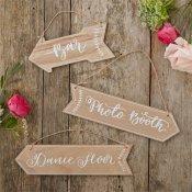 Pancartes fléchées en bois (x3)