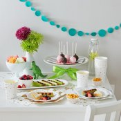 Petites Assiettes en carton Blanc Etoiles Or (x4)