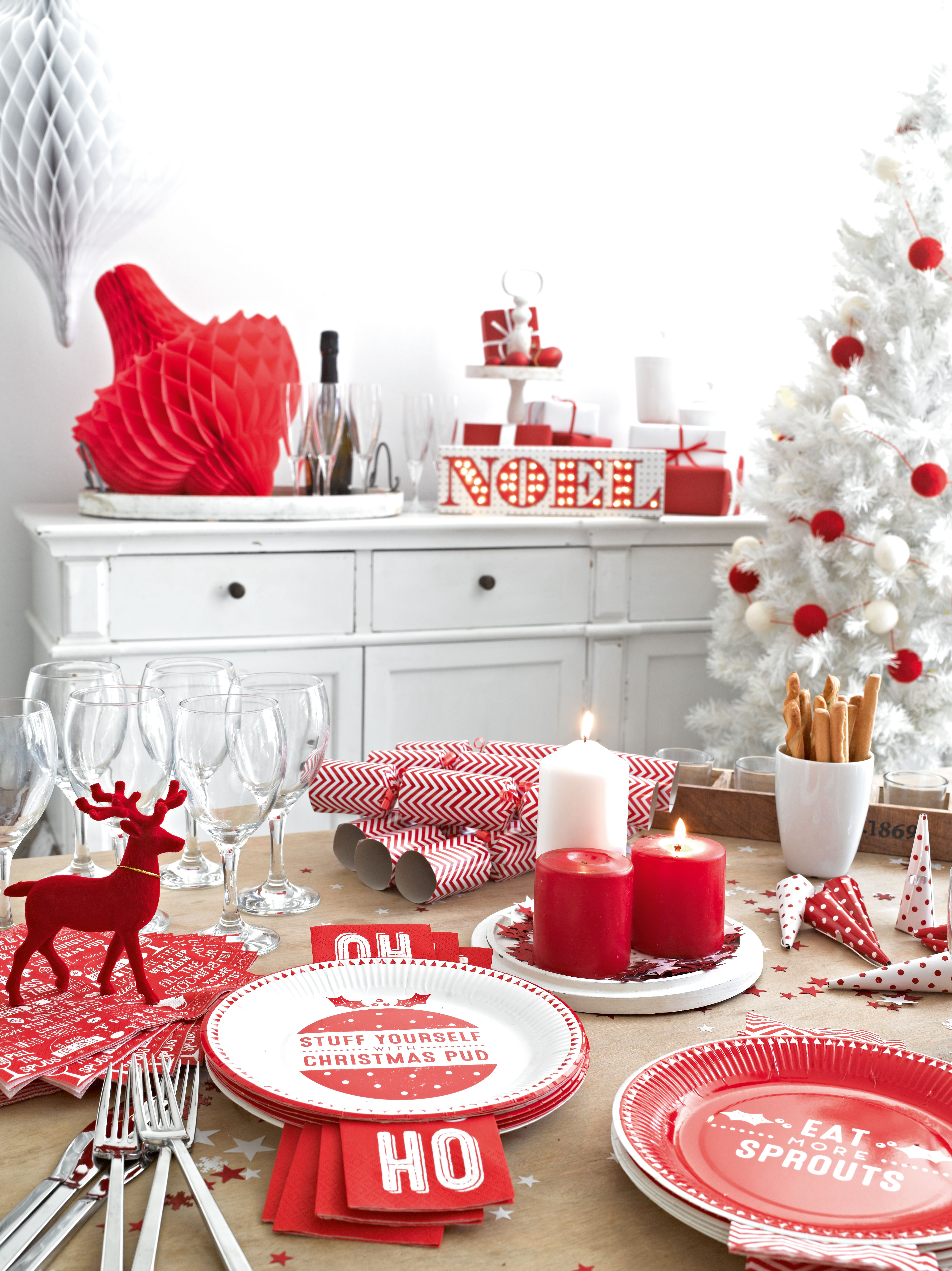 Cerf rouge holly party - Table de noel rouge ...