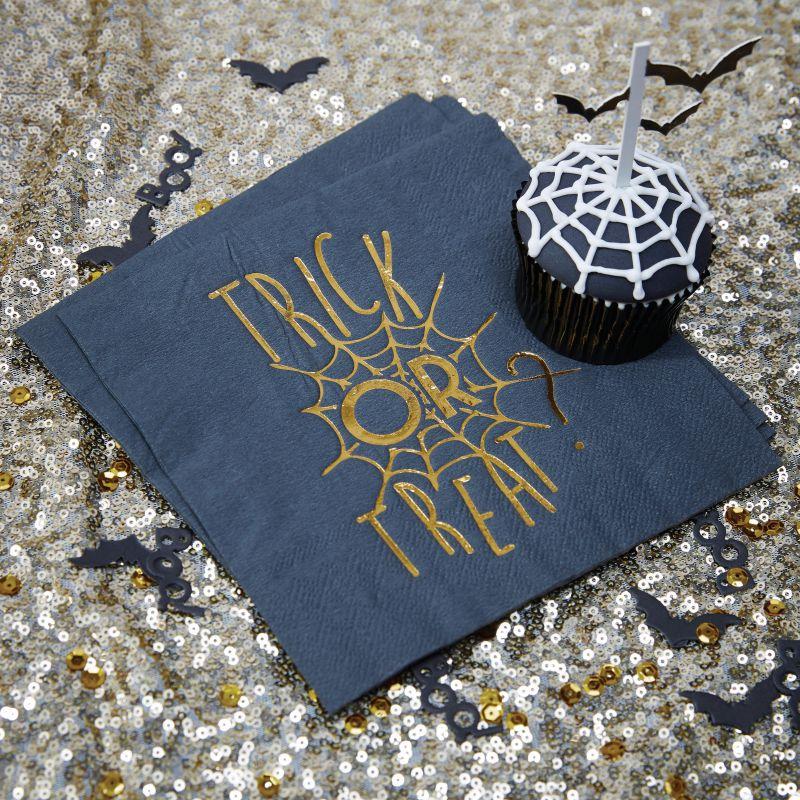 serviettes en papier toile d 39 araign e halloween holly party. Black Bedroom Furniture Sets. Home Design Ideas